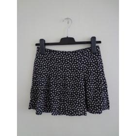 Čierna sukňa H&M Divided