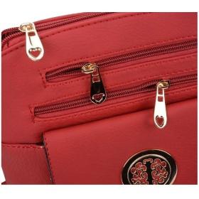 Červená kabelka Amelet