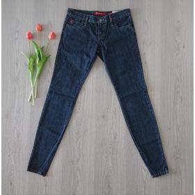 Tmavo modré dámske džínsy...